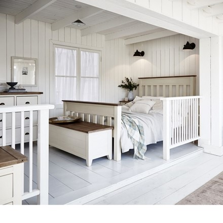 Cotswold Bedroom Furniture - Panel Bed - 135cm Panel Bedstead