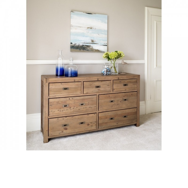Sienna bedroom furniture 7 drawer wide chest for Bedroom 7 feet wide
