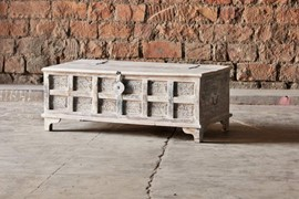 whiteleaf-upcycled-trunk-box-coffee-table-brc-304-1[1].jpg